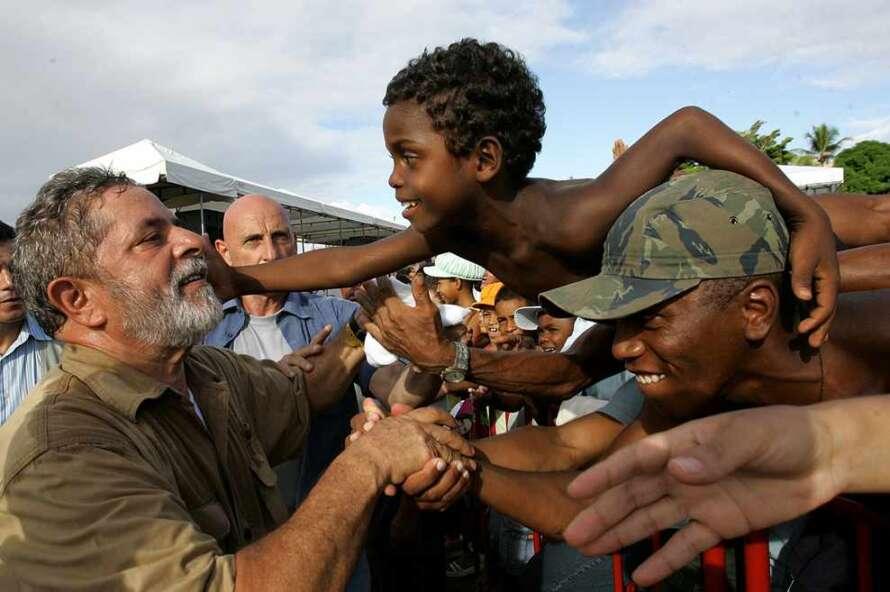 Lula e a criança