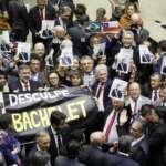 Oposição reage a agressão brutal de Bolsonaro contra Michelle Bachelet