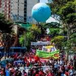 População protesta contra Bolsonaro no Dia da Independência