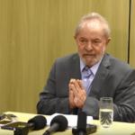 O Conselho de Paris concede título de cidadão honorário ao ex-presidente Lula