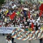 Greve geral na Colômbia, homenagem a jovem morto e panelaço contra Duque