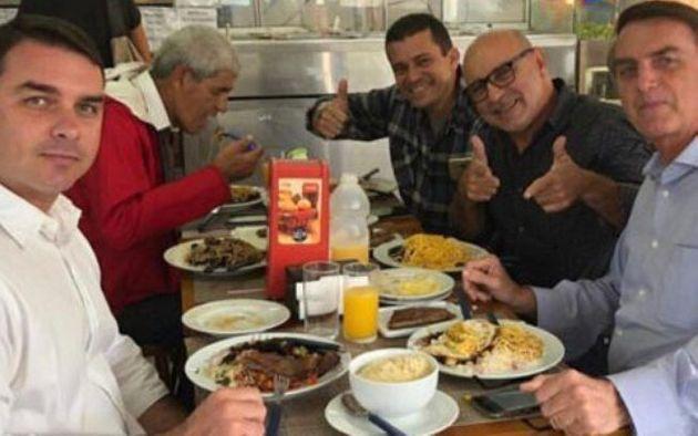 Bolsonaros e Queiroz