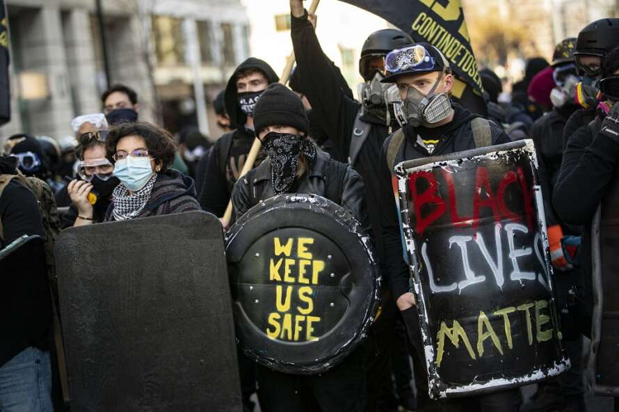 contramanisfestantes 1