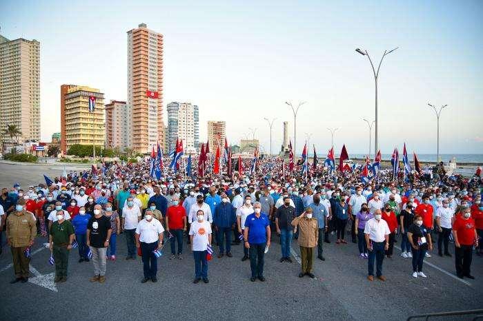 povo cubano